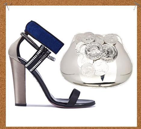 Değerli metaller  Belki pahada çok da ağır olmayabilirler ama, bunları üzerinizde gördüğünüzde hissedeceğiniz duygu sizin için çok değerli olacak eminiz. Giambatista Valli tasarımı metal clutch ve Vionnet marka kadife ve swarovskilerle süslenmiş bu ayakkabıya biz bayıldık.