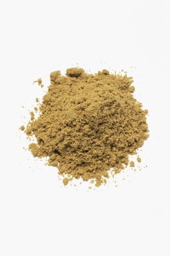 KİMYON:  Kimyon, dereotu tohumu ve turunçgillerin kabuğu çok faydalı. Limonen denen kanser savaşçısı bir madde ihtiva eder.