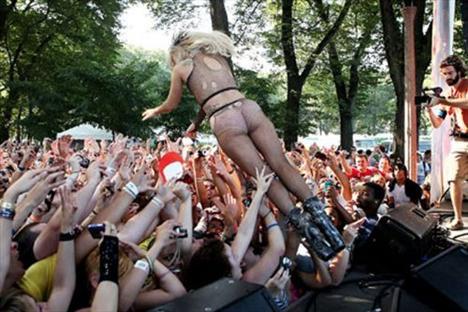 Lady Gaga - 153