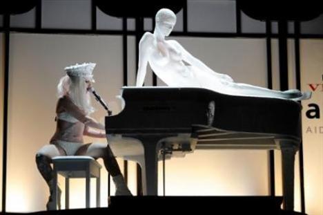 Lady Gaga - 225