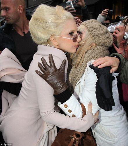 Lady Gaga - 323