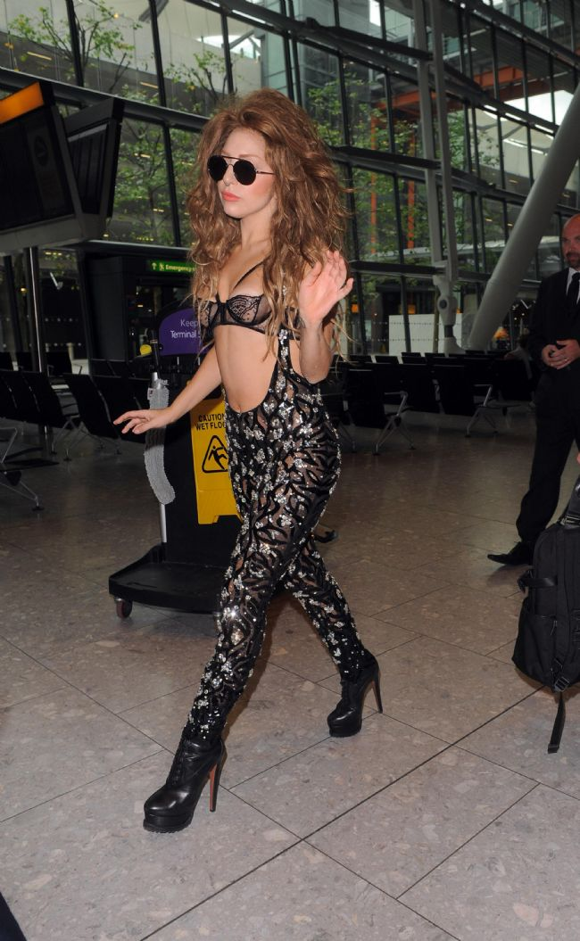 Lady Gaga - 407