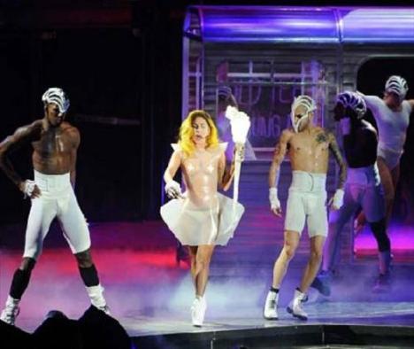 Lady Gaga - 327