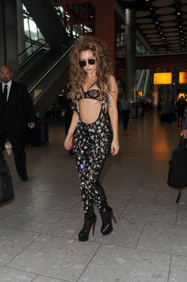 Lady Gaga - 408