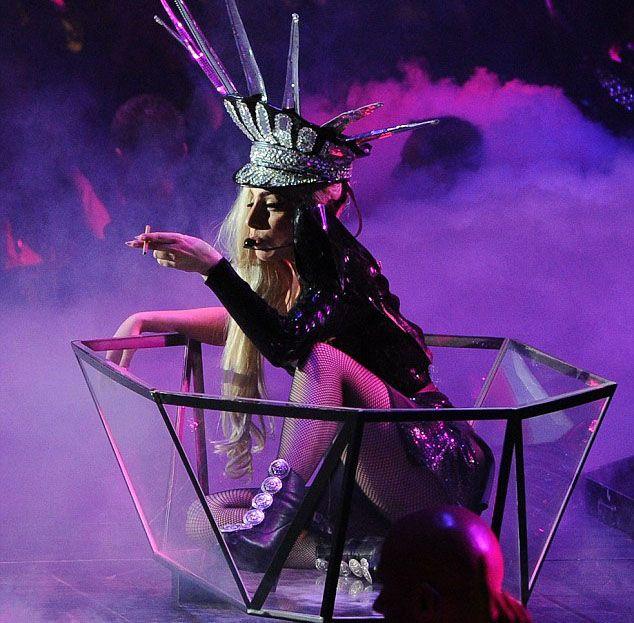 Lady Gaga - 103