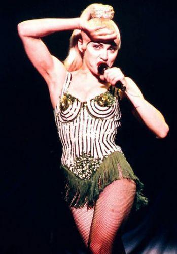 Lady Gaga - 358