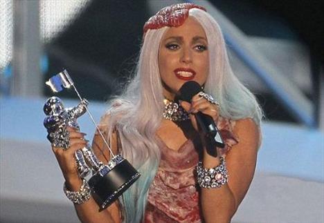 Lady Gaga - 367