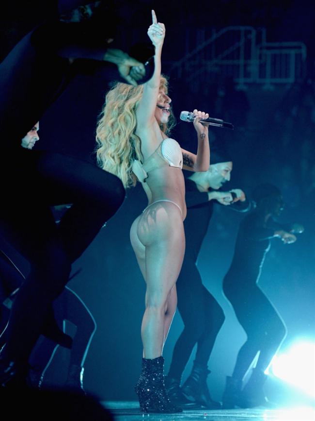 Lady Gaga - 28