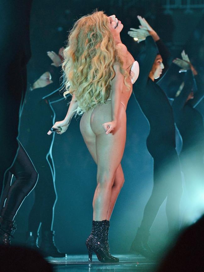 Lady Gaga - 30