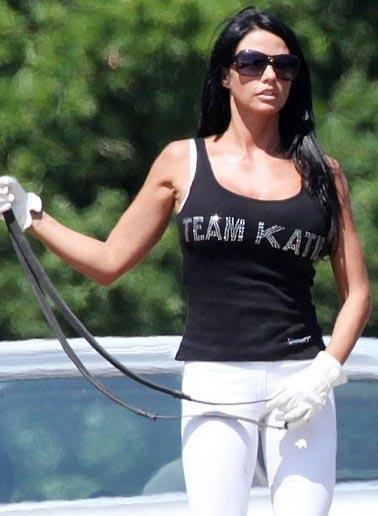 "Katie Price  ""Takım: Katie"""