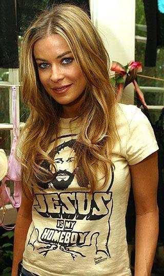 """Carmen Electra  """"İsa benim kankam"""""""