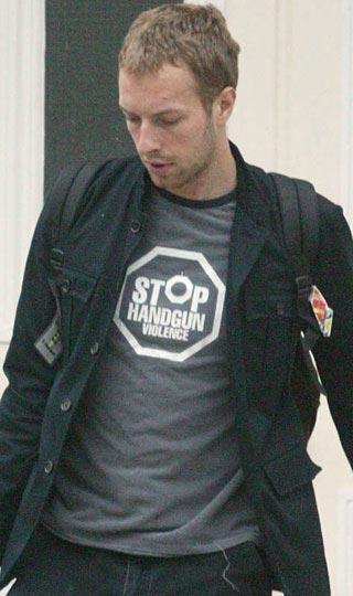 """Chris Martin  """"Tabanca şiddetini durdurun"""""""