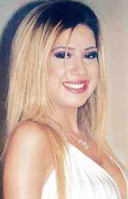 Bu güzel genç kadın 1990'ların sonu 2000'lerin başında müzik piyasasına adım attı. Yeni milenyumun 'küçük' şarkıcılarındandı o.