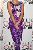 Emma Watson kırmızı halıda Hakaan elbisesiyle yürü - 10