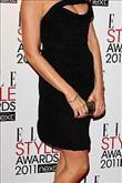 Emma Watson kırmızı halıda Hakaan elbisesiyle yürü - 18