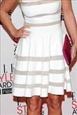 Emma Watson kırmızı halıda Hakaan elbisesiyle yürü - 13