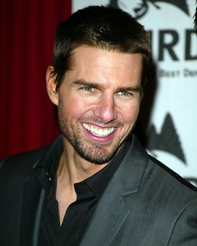 Elmacık Kemikleri – George Clooney, Brad Pitt, Tom Cruise ve Paulo Zulu akıldaki elmacık kemikleri...