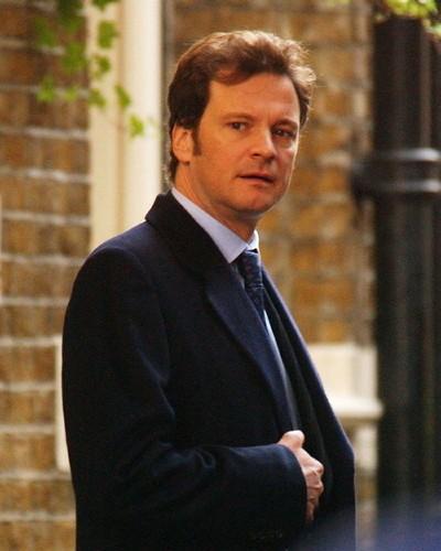 Colin Firth   'Zoraki Kral' filmindeki rolüyle Natalie Portman gibi hemen hemen bütün ödül törenlerinden ödülle ayrılan Colin Firth her ne kadar izleyeli uzun zaman olduğunu belirtse de 'Dumbo' filminden çok etkilenmiş.