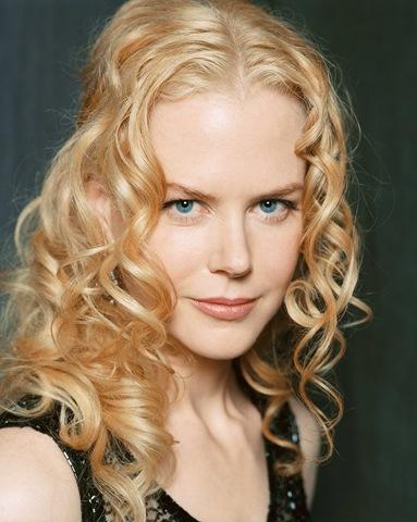Nicole Kidman   Mutlu sonla biten aşk filmlerini çok seven Kidman, Barbra Streisand ile Robert Redford'un başrolleri paylaştığı 1973 yapımı 'The Way We Were'den çok etkilenmiş.