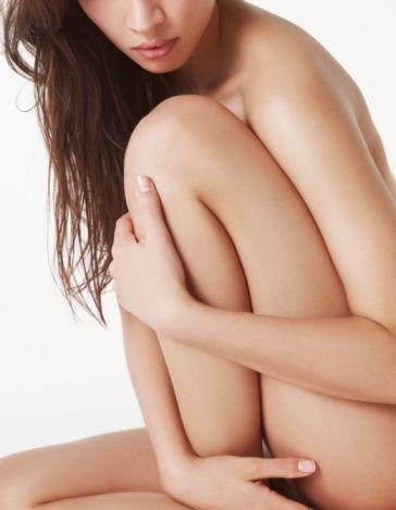 Klitoropeksi   Klitorisin üzerindeki derinin klitorisi gizlemesi nedeniyle, uyarılamamaya bağlı orgazm problemi olan kadınlarda da bu deri ameliyatla alınıyor, klitoris ortaya çıkarılıyor ve kadının sorunu ortadan kaldırılıyor.