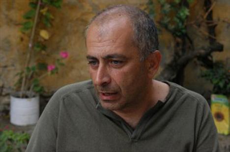 Deniz Türkali, Barış Pirhasan'ın kardeşi.