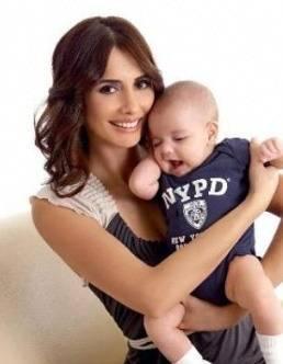 Emine Türkcan - Mustafa Sandal çiftinin oğlu Yaman