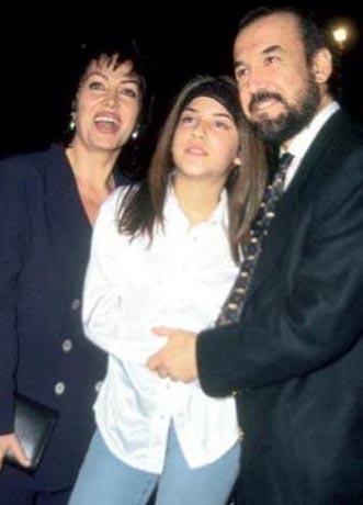 Şoray ve Ünal 1983 yılında evlendi. Yağmur adını verdikleri bir kızları oldu. Ama evlilikleri 1987 yılında sona erdi.