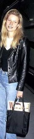 UTANGAÇ KIZI BRAD SAYESİNDE DÜNYA TANIDI  Dünya Brad Pitt için çıldırırken, kimse çelimsiz, utangaç ve solgun Gwyneth'in farkında değildi.