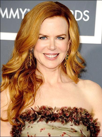 NİCOLE KIDMAN Daha önce bir kez en iyi kadın oyuncu Oscar'ını kazanan Nicole Kidman, bu yıl da Rabbit Hole filmiyle bir kez daha aday. Deneyimli aktrisin seçimleri genelde Nina Ricci, Jean Paul Gaultier ve Prada'dan oluyor.