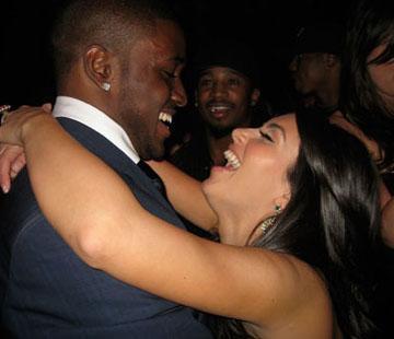 Kim Kardashian, yaşadığı aşklarla da gündeme geldi sürekli.