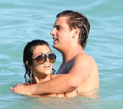Bu durum sayesinde Kardashian'ın sevgilisi Disick de eskisinden daha fazla önplana çıktı.