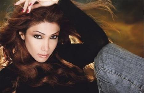 45. Arwa,  şarkıcı, Yemen