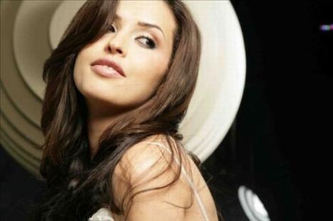 41. Manel Filali, şarkıcı, Yemen