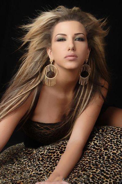 38. Dana Halabi, şarkıcı- Model, Kuveyt