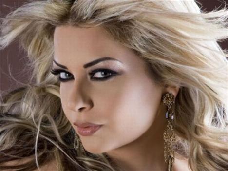 30. Madeleine Matar, şarkıcı, Lübnan.