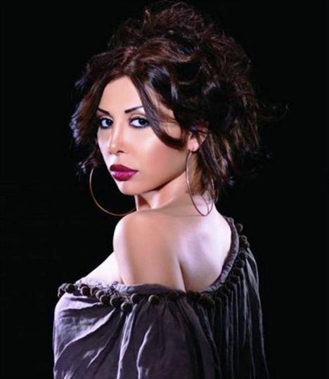 19. Nivine Nasr, Şarkıcı, Mısır