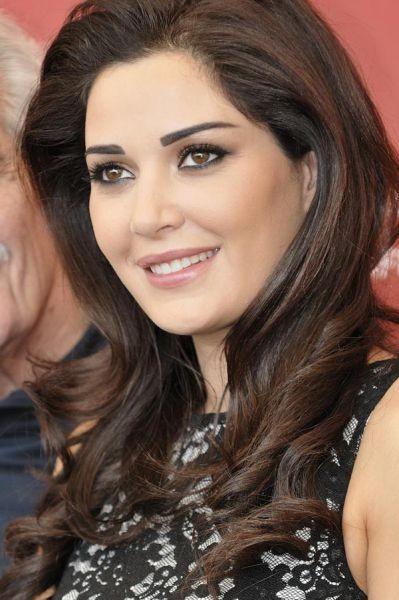 4. Cyrine Abdelnour, Oyuncu, model ve şarkıcı, Lübnan