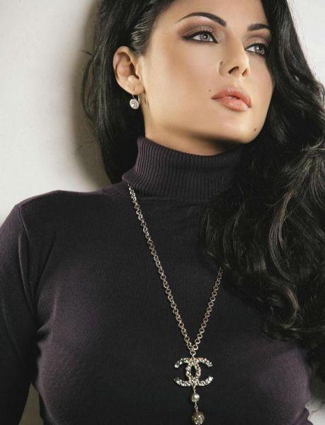 2. Hayfa Wehbeh, Şarkıcı, Lübnan