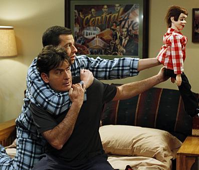 Charlie Sheen ve iki sevgilisi - 33