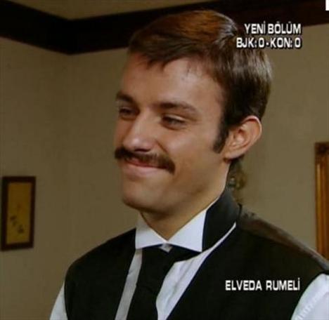 Genç oyuncu Elveda Rumeli adlı dizide de rol almıştı.