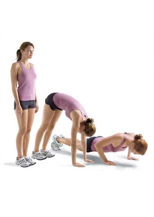 Pike Walk / Pushup Combo  Alt ve üst gövde çalışıyor.  Bacaklarını bitiştirip kollarını gövdenin iki yanına koy (a). Eğilirken dizlerin hafifçe bükülebilir. Avuçlarını ya da parmak uçlarını yere değdir (b). Ellerini ilerleterek plank pozisyonuna geç ve bir şınav çek (c). Beş ya da altı kez şınav çekecek kadar devam et.   Dikkat! Boynun omurganla aynı hızda olmalı.