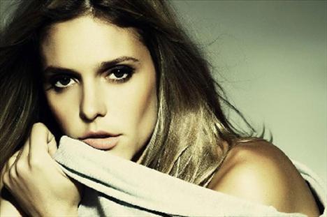 1 - Brezilya - Fernanda Lima  (Milliyet)