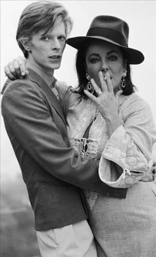 David Bowie ve Elizabeth Taylor