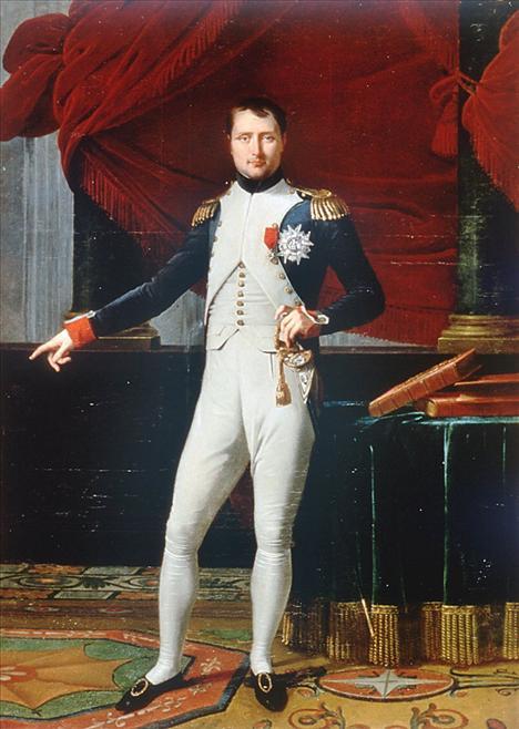 Herkes ceket kollarındaki düğmeleri bilir, oysa çok az insan bu fikrin sahibinin Napolyon olduğunu bilir. Terzilerine ceket kollarına düğme dikilmesi emrini vermiştir; böylece askerler akan burunlarını kollarına silemeyeceklerdi.