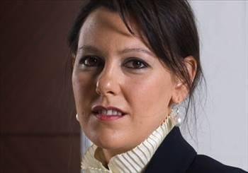 87- Hanzade Doğan Boyner  Şirket: Doğan Holding  Serveti (milyon dolar): 500  Yaşı: 38  Burcu: Akrep