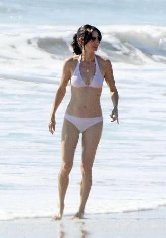 40'ından sonra bikini - 47