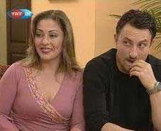 Yabancı Damat ile TV ekranlarında başlayan kariyerini Ne Seninle Ne Sensiz, Kod Adı, Asi ile sürdürdü.