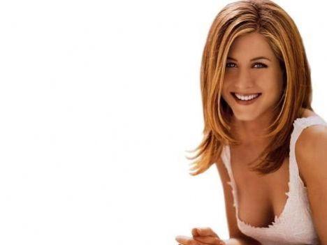 SAPIĞI ONU KAÇIRACAKTI   Jennifer Aniston da neredeyse fanatik hayranı tarafından kaçırılacaktı.