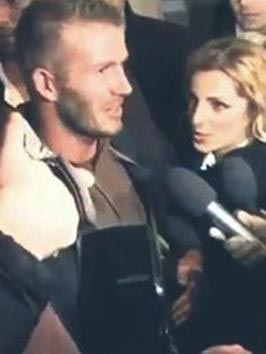 BECKHAM'A MUHABİR TACİZİ  Ünlü futbolcu David Beckham da bir bayan muhabirin elle tacizine uğradı.