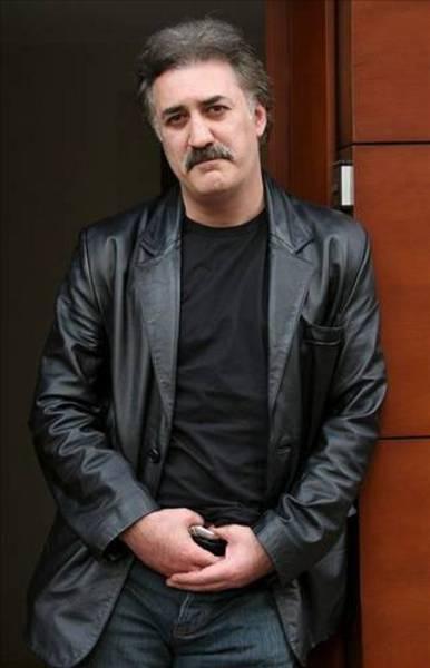 Tamer Karadağlı - Bilkent Üniversitesi Sahne ve Güzel Sanatlar Fakültesi Tiyatro Bölümü